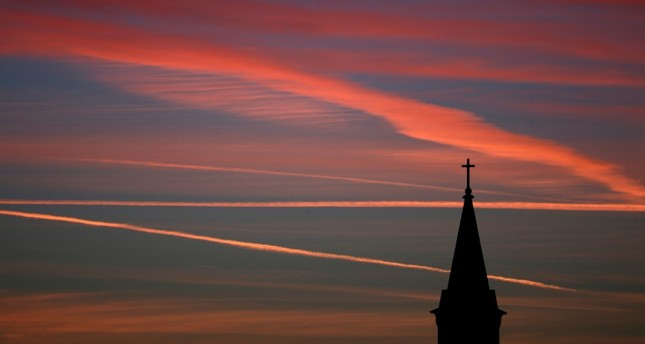 Church membership in US plunges over past two decades, poll shows