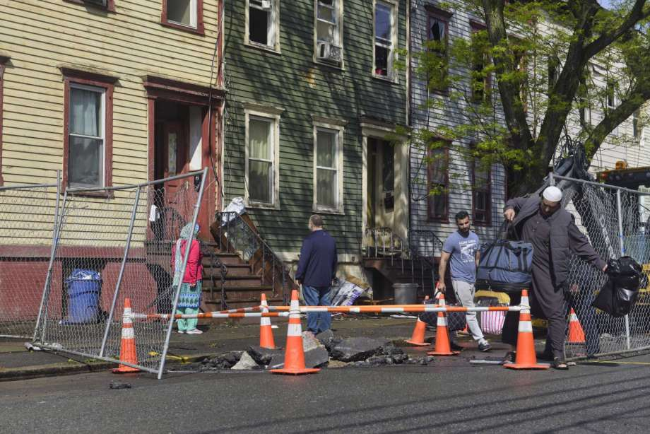 New York fires: US Muslims raise funds for displaced families