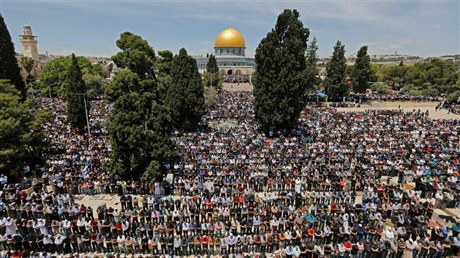 Muslims rally on Quds Day as US 'deal of century' looms