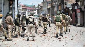 Indian forces attack Kashmiris after Eid al-Fitr prayers