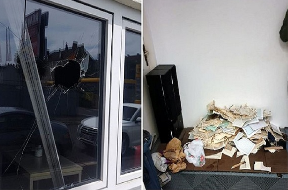 Attackers destroy Qurans, break windows at ۲ mosques in Germany