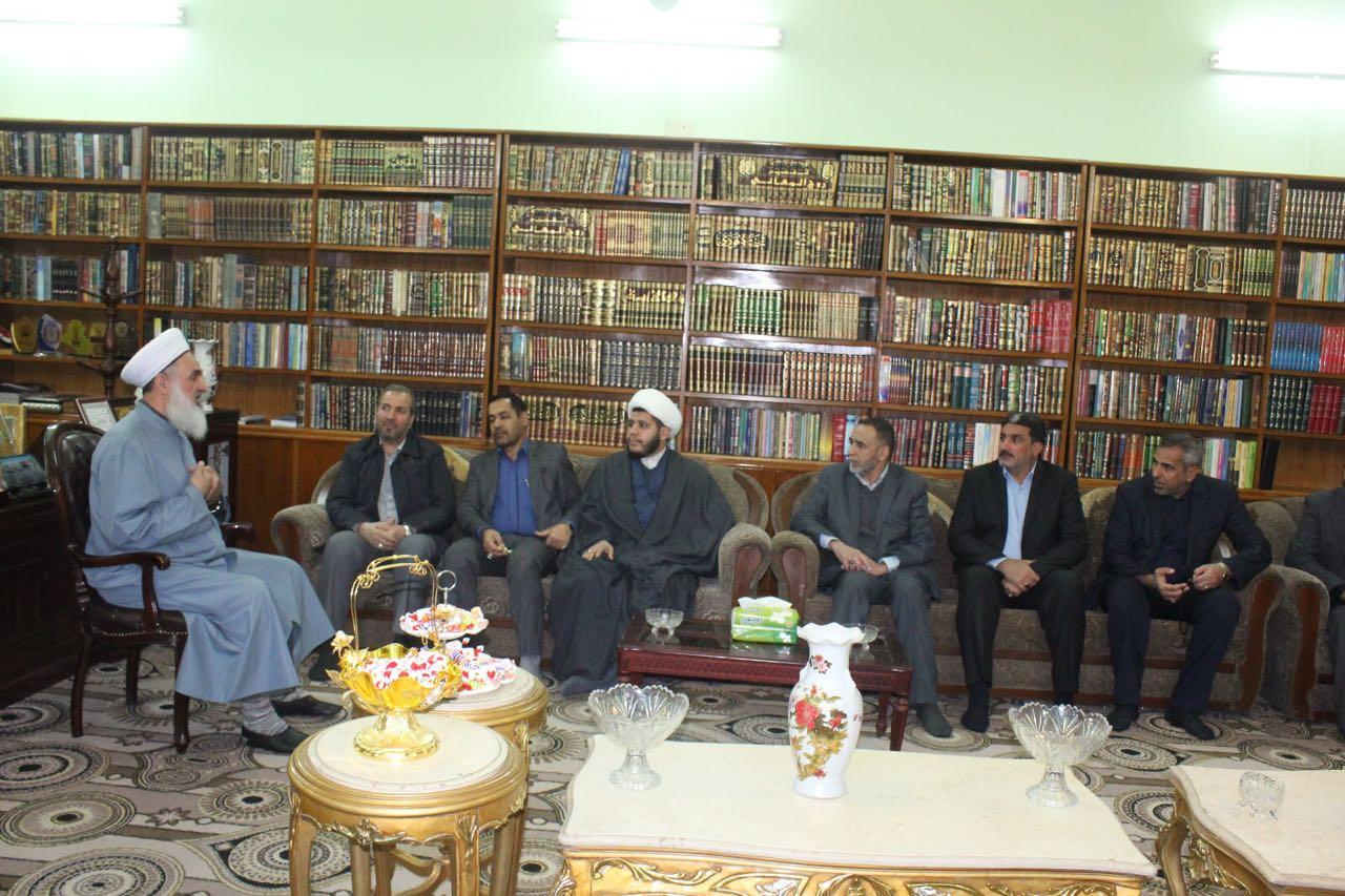 دیدار گروهی به نمایندگی از دفتر سیاسی حزب الله با شیخ مهدی صمیدعی مفتی اهل سنت عراق
