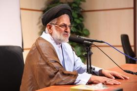 حجت الاسلام و المسلمین سید حسن اکبری