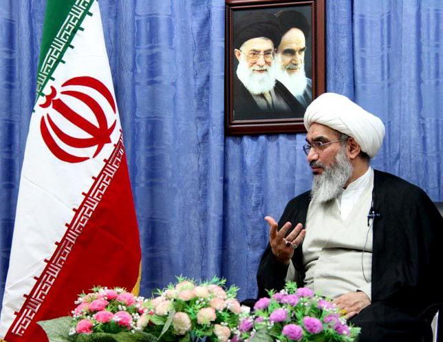 حجت الاسلام صفایی بوشهری دیدار خانواده شهید دلواری