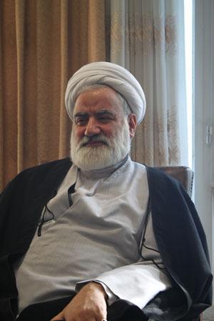 حجت الاسلام مروجی مسئول بخش بین الملل دفتر رهبری در قم