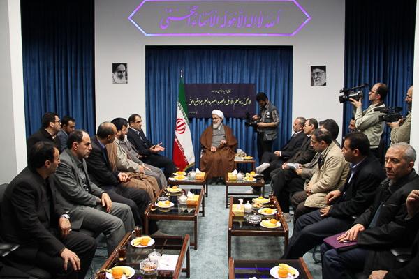دیدار وزیر بهداشت با امام جمعه قزوین