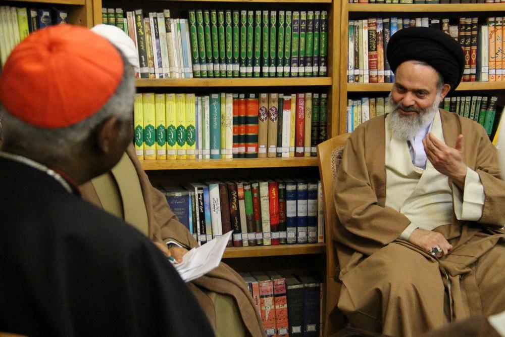 آیت الله حسینی بوشهری مدیر حوزه های علمیه در کنفرانس مشترک پایانی با کاردینال تورکسون رئیس شورای پاپی صلح و عدالت واتیکان
