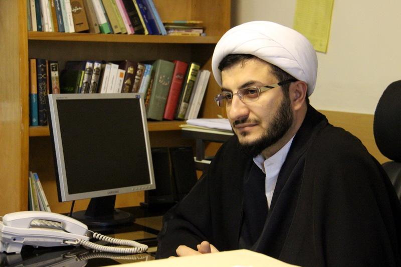 جت الاسلام فرهاد عباسی مدیر مرکز تخصصی علوم حدیث حوزه علمیه قم