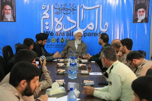 بازدید آیت الله حائری شیرازی از ستاد مرکزی راهیان نور کشور