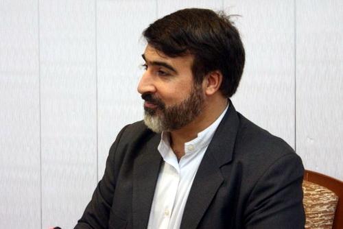 دکتر کمال اکبری