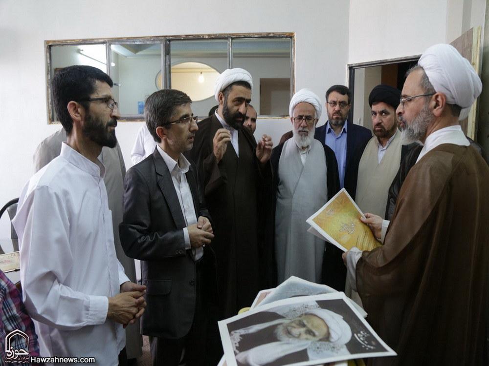 تصاویر/ بازدید مدیر حوزه های علمیه از هفته نامه افق و خبرگزاری حوزه