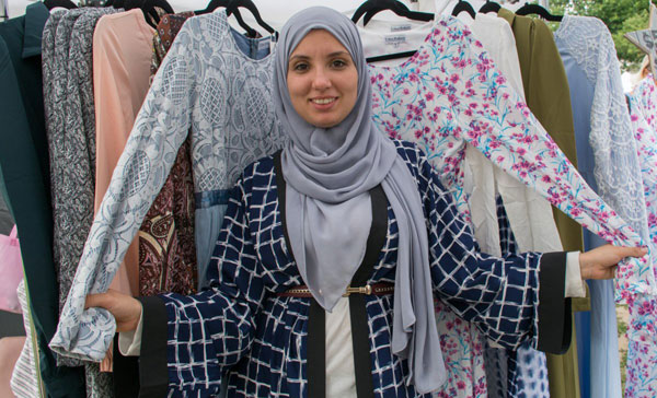 راه اندازی خط تولید لباسهای محجبه توسط بانوی مسلمان آمریکایی
