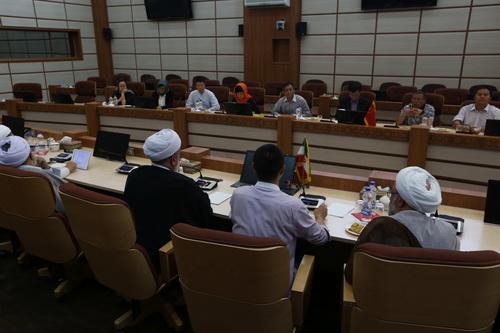 بازدید هیئتی از دانشگاه یون نن چین از جامعه المصطفی