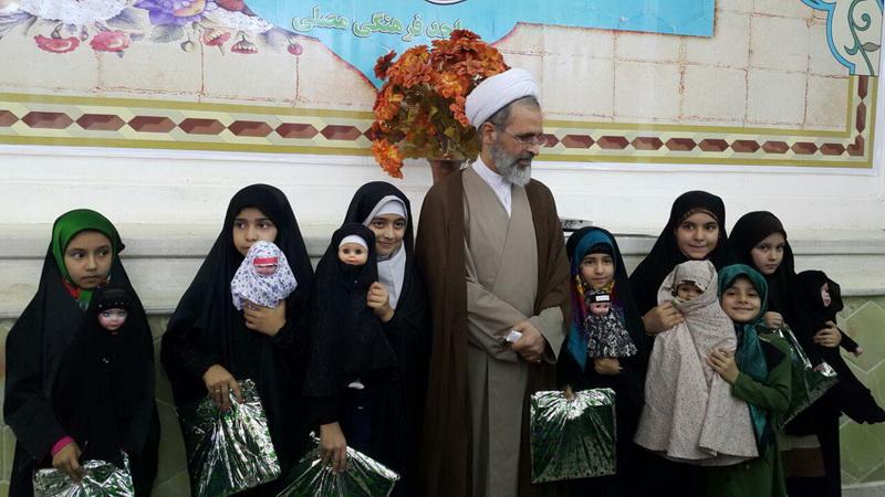 """مدیر حوزه های علمیه در اختتامیه جشن """"عروسک های بهشتی"""""""