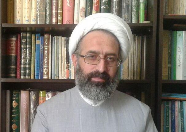 حجت الاسلام  ابراهیم اکبری- مدیر مرکز خدمات  حوزه تهران