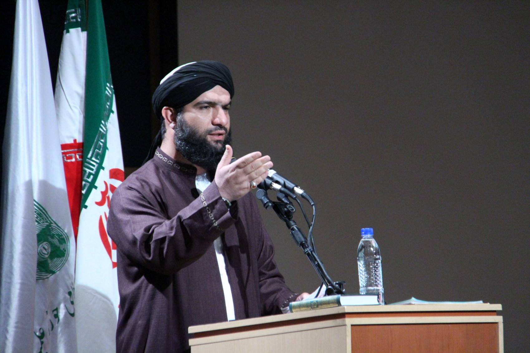 شیخ حسین توانا از علمای اهل سنت جنوب کشور