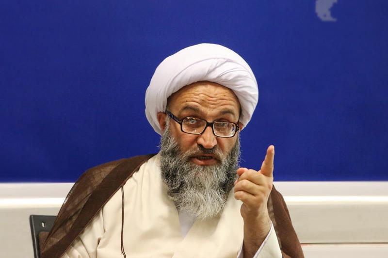 حجت الاسلام و المسلمین حیدری ، نماینده مردم خوزستان در مجلس خبرگان رهبری