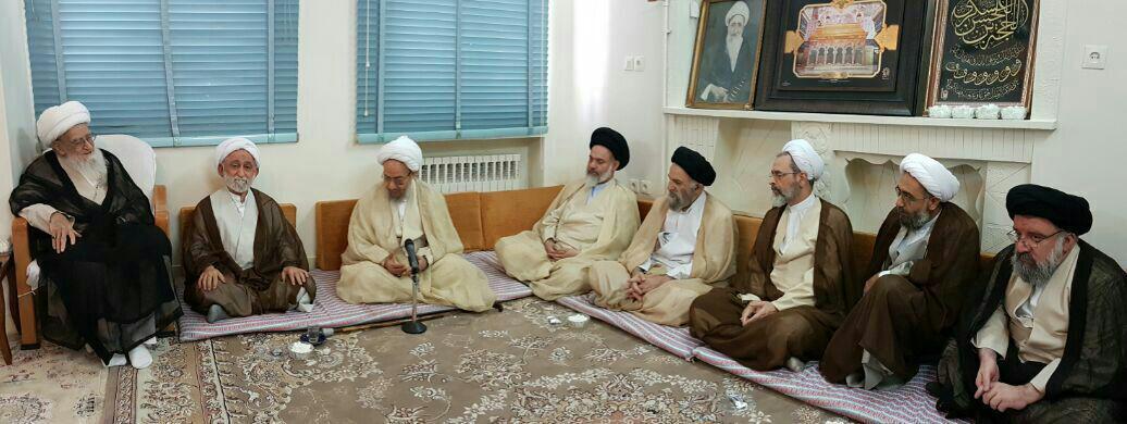 دیدار مدیر و اعضای شورای عالی حوزه های علمیه  با آیت الله العظمی صافی