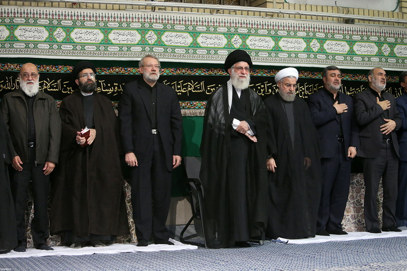 آخرین شب مراسم عزاداری حضرت اباعبدالله الحسین(ع) در حسینیه امام خمینی