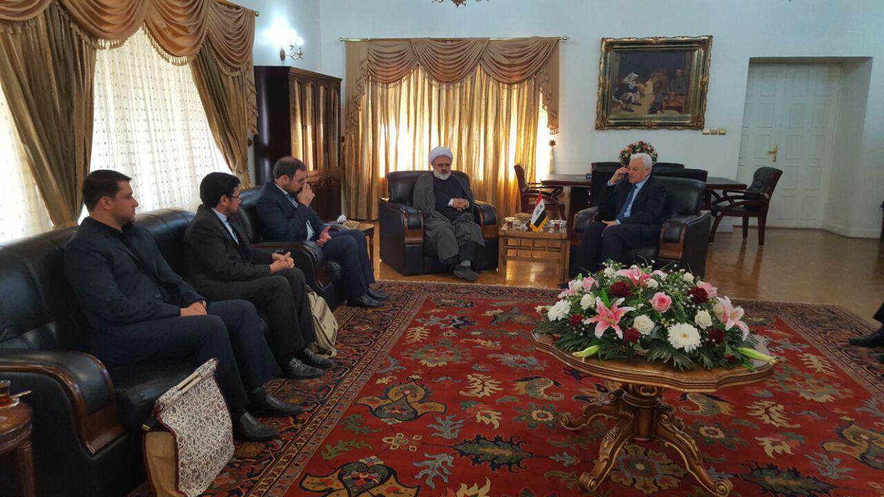 دیدار حجت الاسلام والمسلمین مهدوی مهر با سفیر عراق