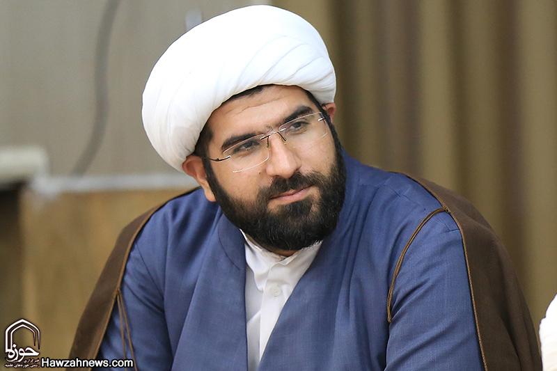 حجت الاسلام کیانی ، معاون امور طلاب و دانش آموختگان حوزه علمیه خوزستان