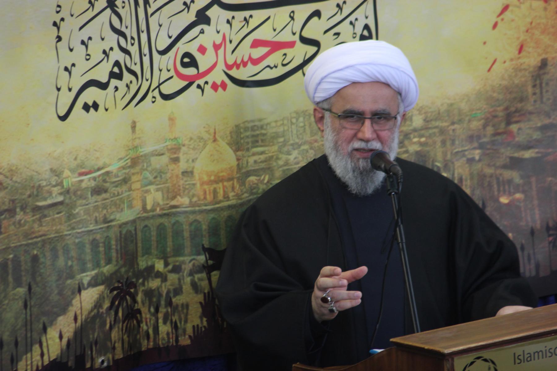 حجت الاسلام والمسلمین رضا رمضانی،  مدیر مرکز اسلامی هامبورگ