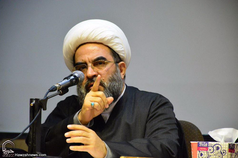 تصاویر/ همایش صلح، علم و دین در دانشگاه صنعتی شریف تهران