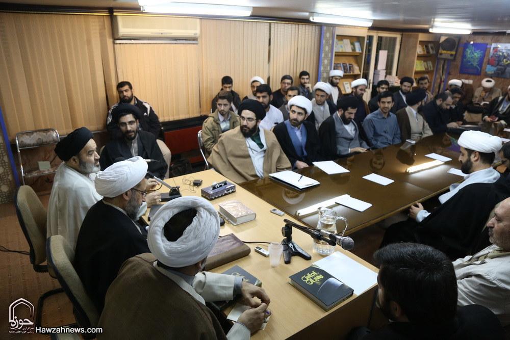 تصاویر/ نشست علمی حوزه و بایستههای دیپلماسی مذهبی