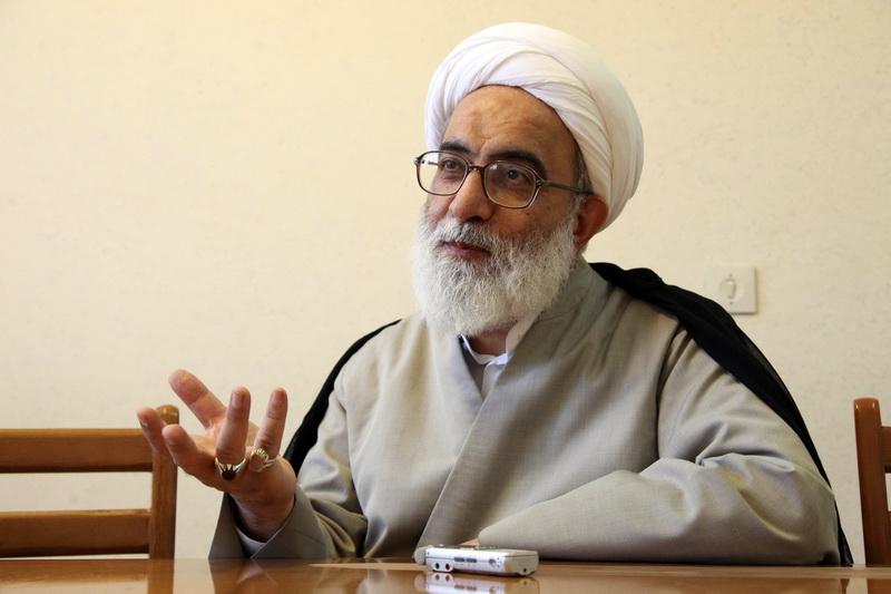 حجت الاسلام و المسلمین شب زنده دار عضو فقهای شورای نگهبان