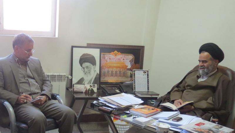 نشست مدیر حوزه علمیه استان مرکزی با مدیرکل زندان ها