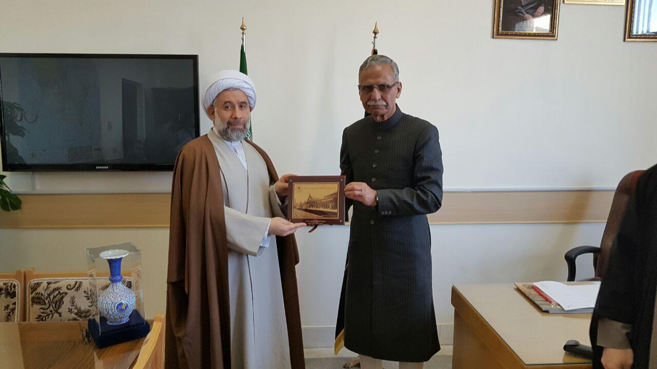 رئیس دانشگاه علیگر هند