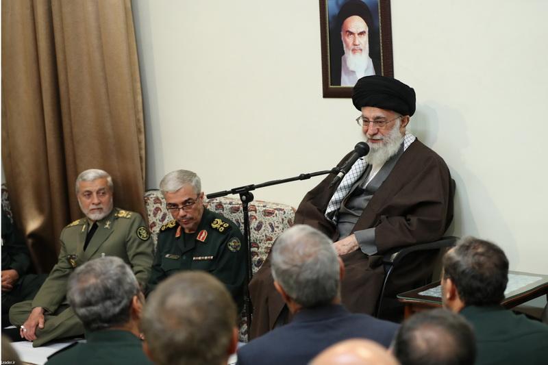 رهبر معظم انقلاب اسلامی در دیدار نوروزی فرماندهان ارشد نیروهای مسلح