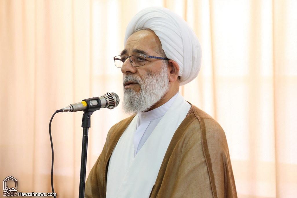 حجت الاسلام والمسلمین  فرخ فال