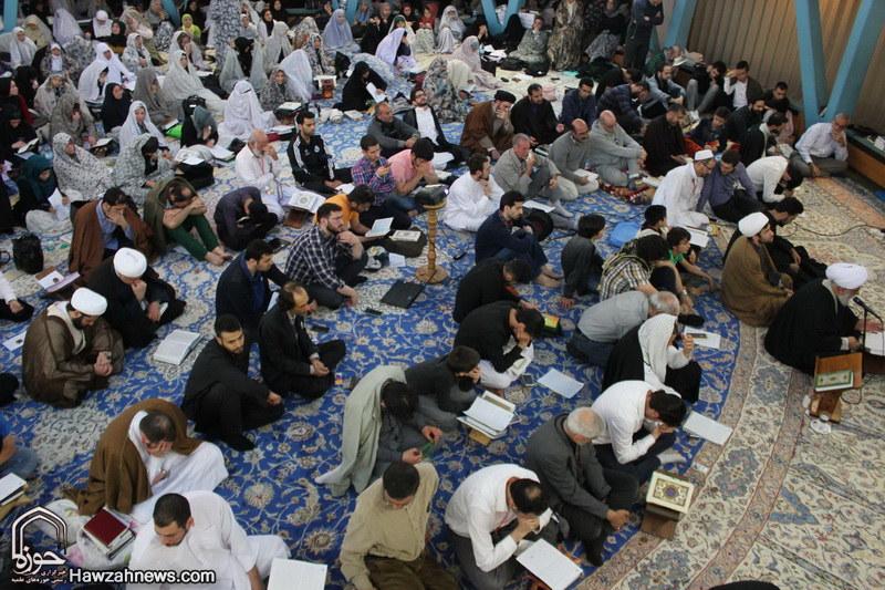 سخنرانی امام جمعه هامبورگ در جمع معتکفین