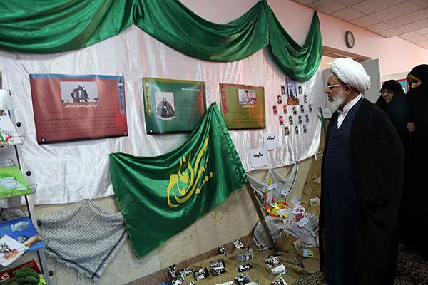 نمایشگاه اقتصاد مقاومتی در مدرسه الزهرا(س) یزد