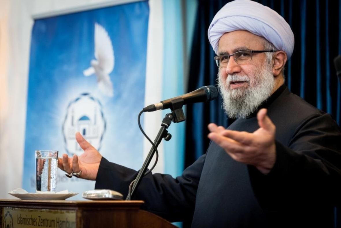 حجت الاسلام والمسلمین رضا رمضانی رئیس اتحادیه اروپایی علما و تئولوگهای شیعه