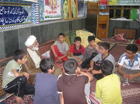 حضور نوجوانان در مسجد