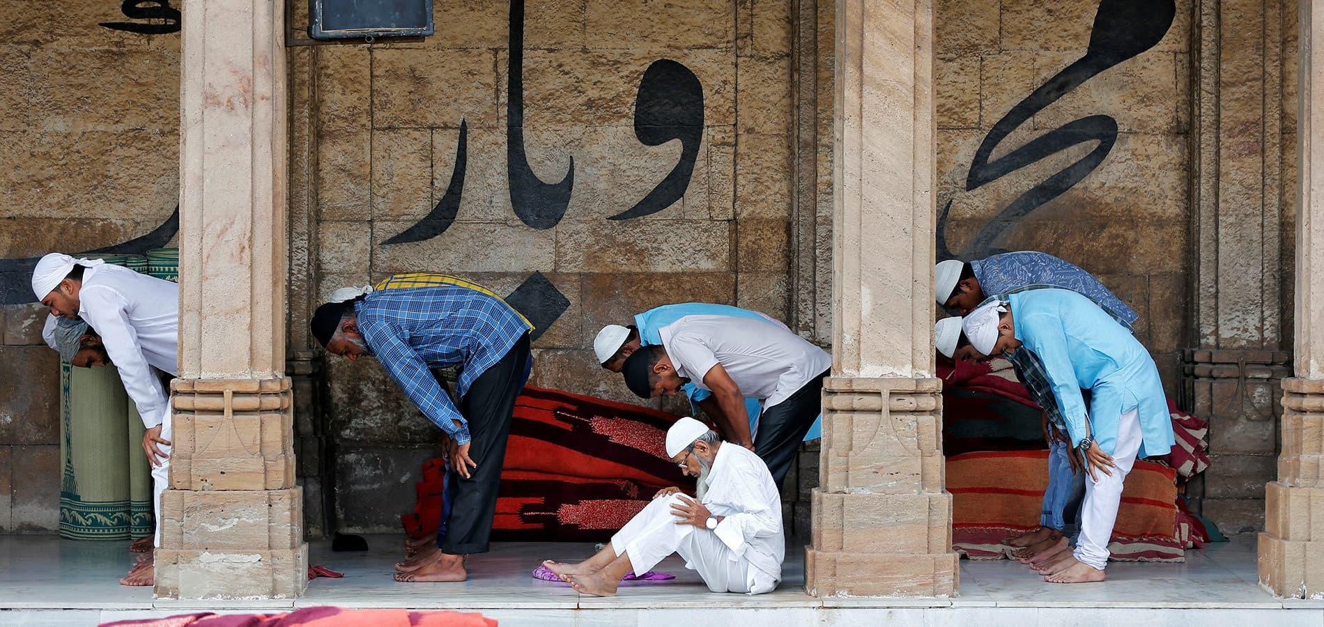 تصاویری از ماه رمضان، ماه جدایی از لذتهای دنیوی و تمرکز بر معنویت