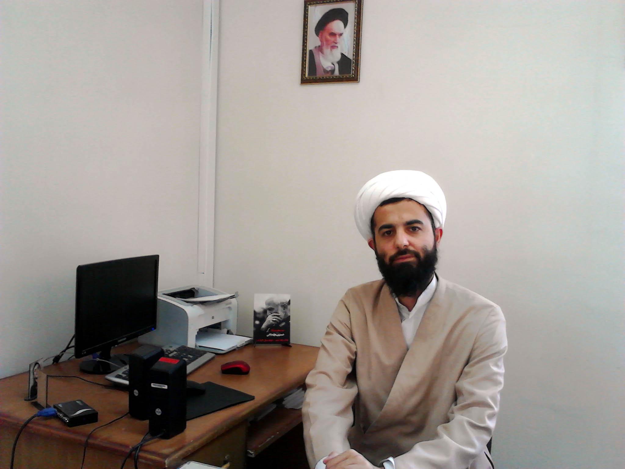 حجت الاسلام عباس موسیوند مدیر حوزه علمیه رسول اکرم(ص) شهر مریانج