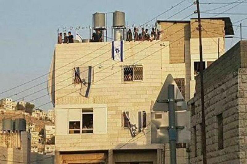 تصرف منازل مردم الخلیل توسط شهرک نشینان