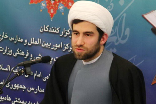 حجت الاسلام انصاری مسئول دارالقران الکریم مرکز اسلامی هامبورگ