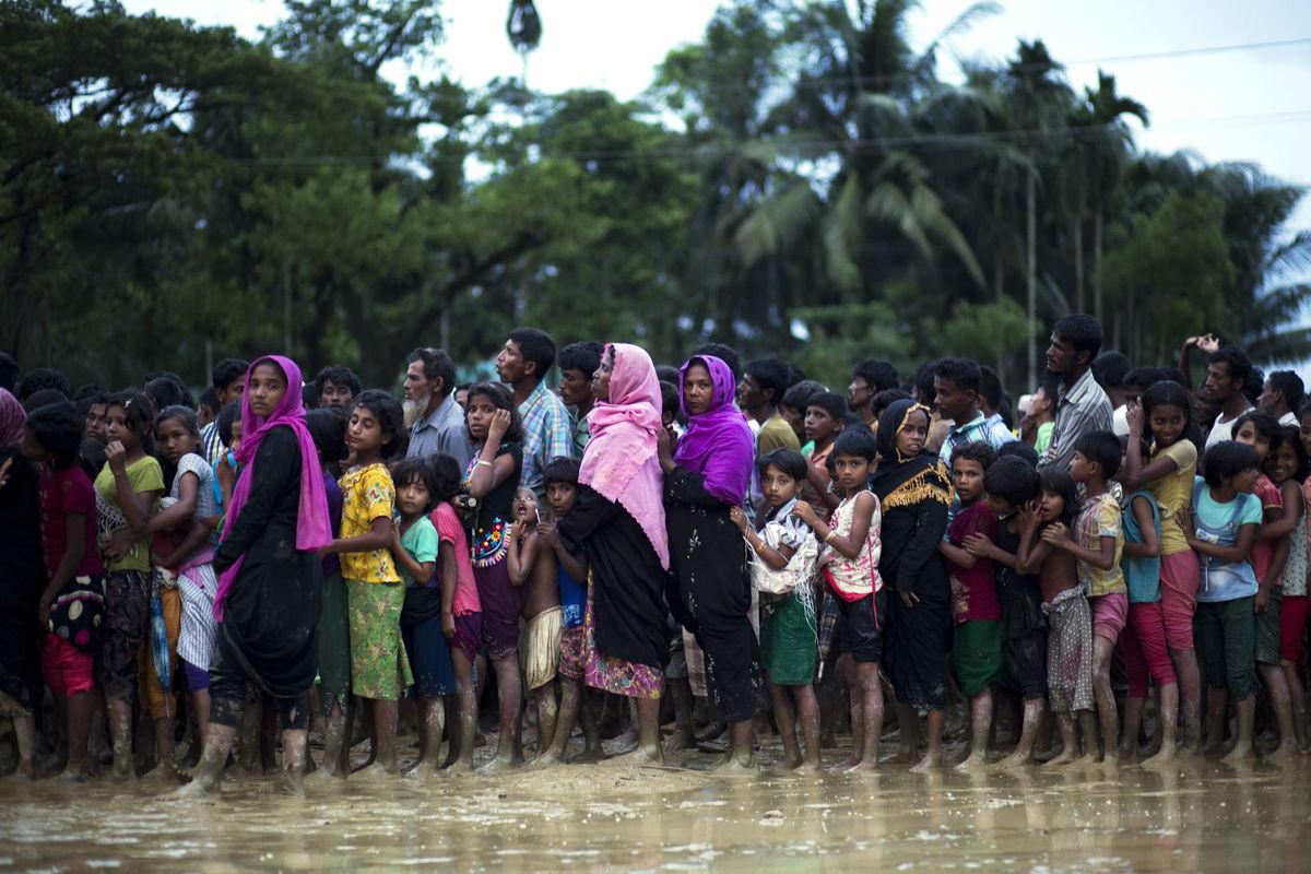راهپیمایی مسلمانان ایلینویز برای حمایت از مسلمانان روهینگیا برگزار میشود