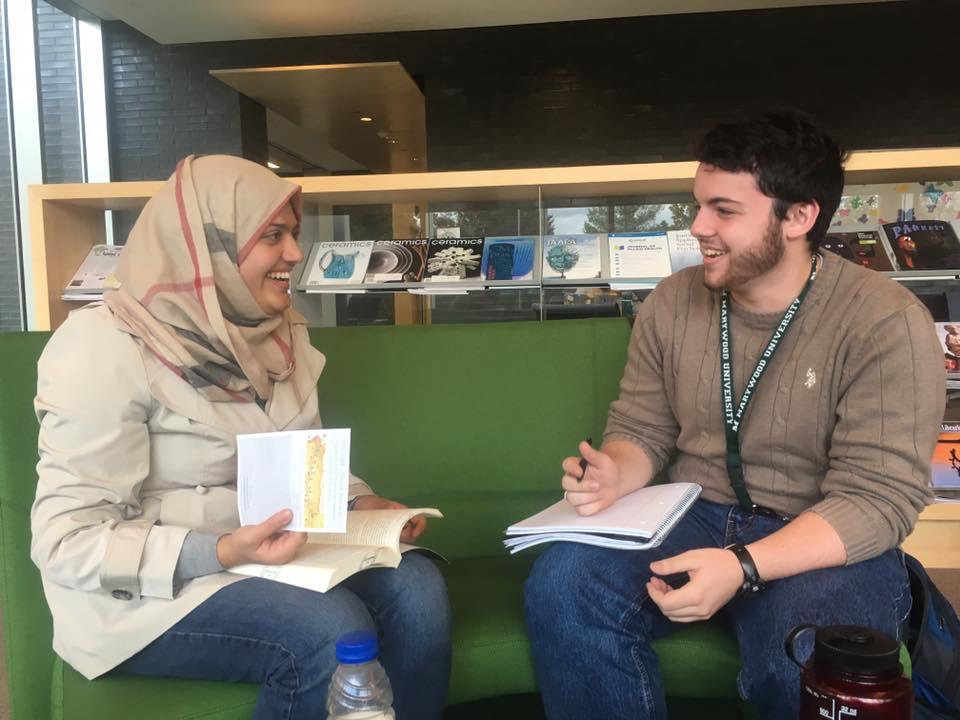دانشجویان مسلمان در پنسیلوانیا «روز حجاب» برگزار میکنند
