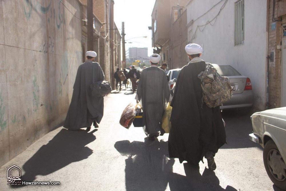 تصاویر/ اعزام مبلغان جهادی به مناطق زلزله زده