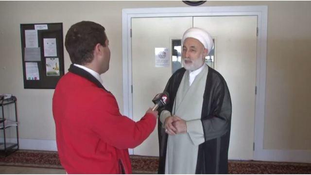شیعیان مرد مهاجم  آمریکایی را بخشیده، او را به مسجد دعوت کردند