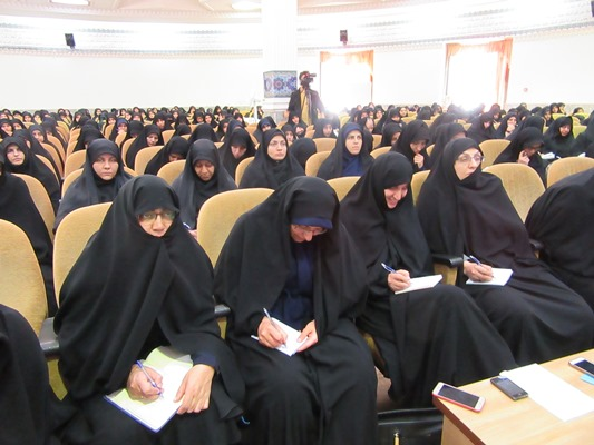 همایش ورودی های جدید حوزه خواهران یزد