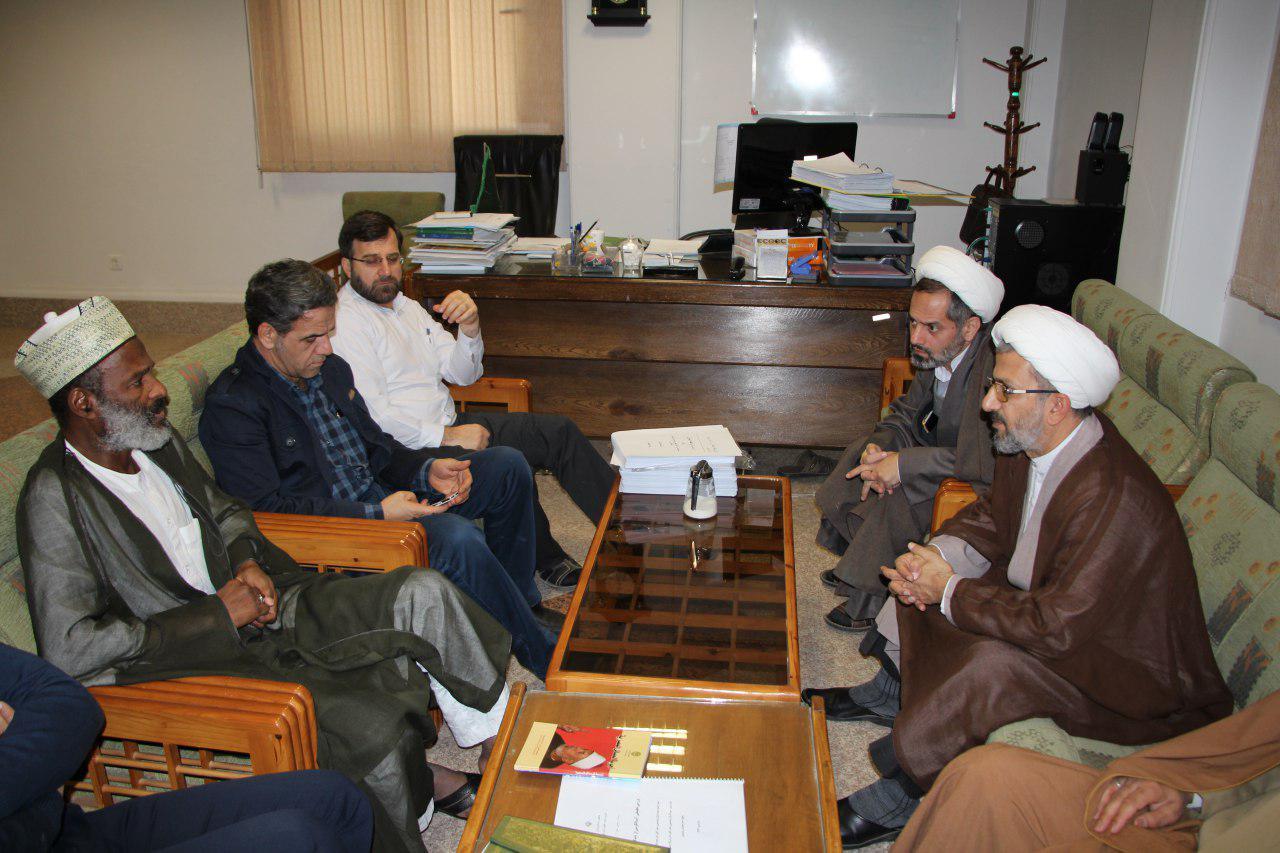 دیدار مشاور و نماینده شیخ زکزاکی با معاون پژوهشگاه مطالعات تقریبی