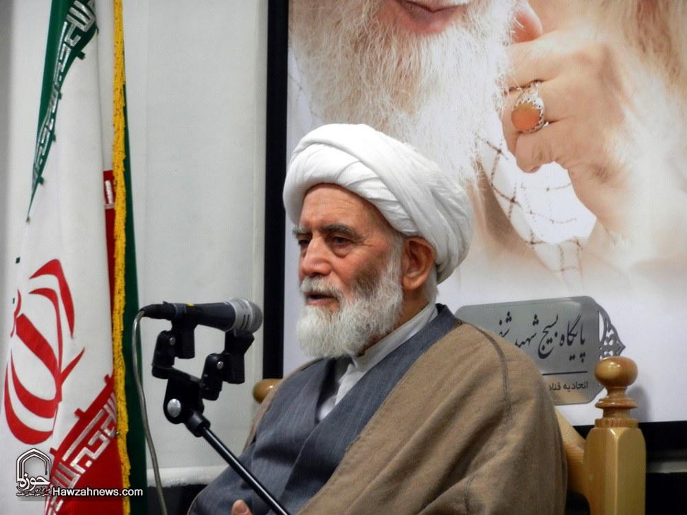 تصاویر/ دیدار طلاب و فضلای همدانی با آیت الله طه محمدی