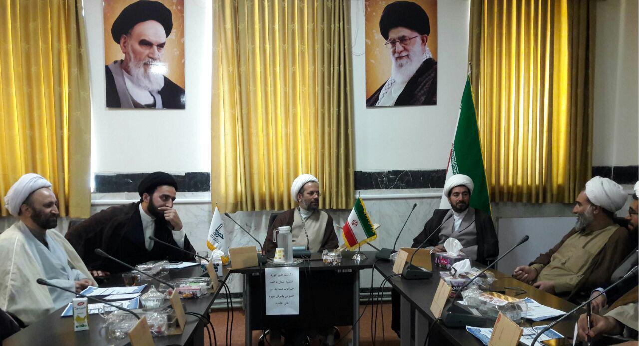 مدیر حوزه علمیه کرمانشاه در جمع ائمه جماعات مساجد شهر
