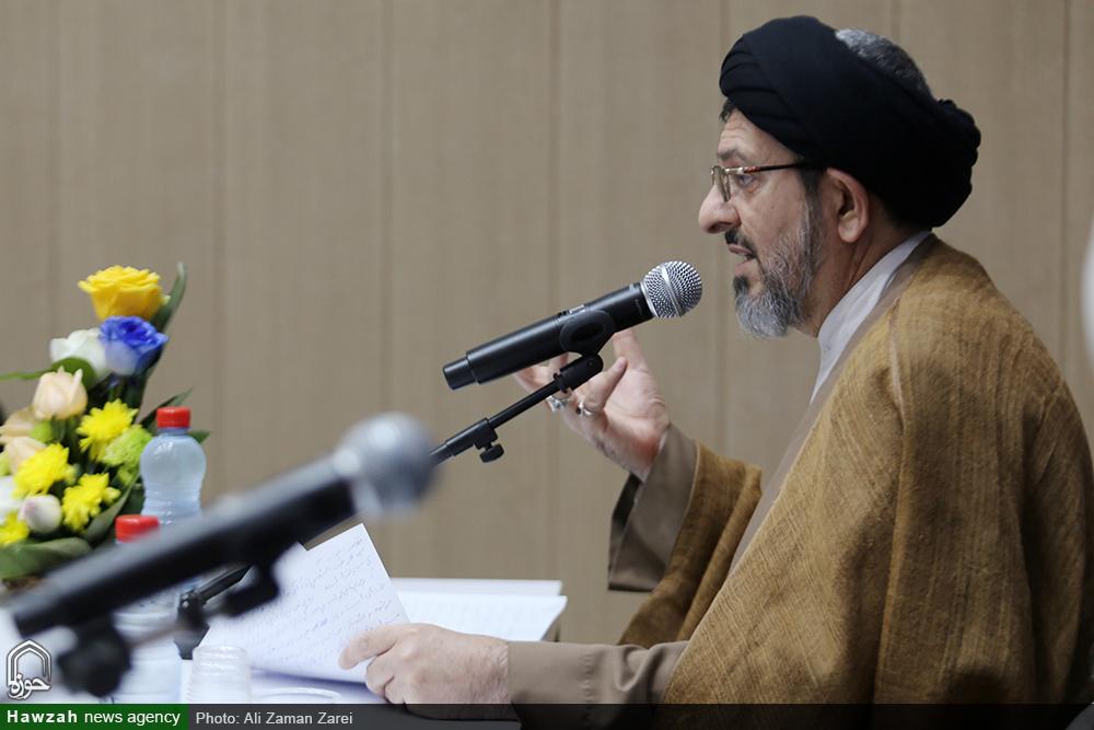 حجت الاسلام و المسلمین قاضی دزفولی ، امام جمعه دزفول